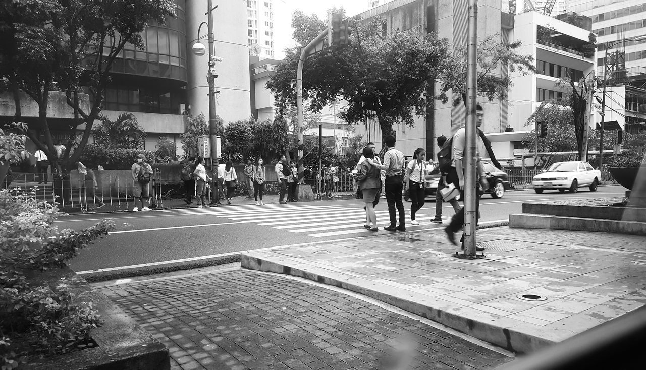Street Weather Large Group Of People Outdoors Philippines Makati City Popular Photos Popularphoto Popularphotos Bestoftheday Photooftheday Photography Photojournalism Blackandwhite Blackandwhite Photography Black Background Blackandwhitephoto Black And White Photography Rushhour Busy Street Busy People Popular On Demand Philippines ❤️ Philippines2016 Business