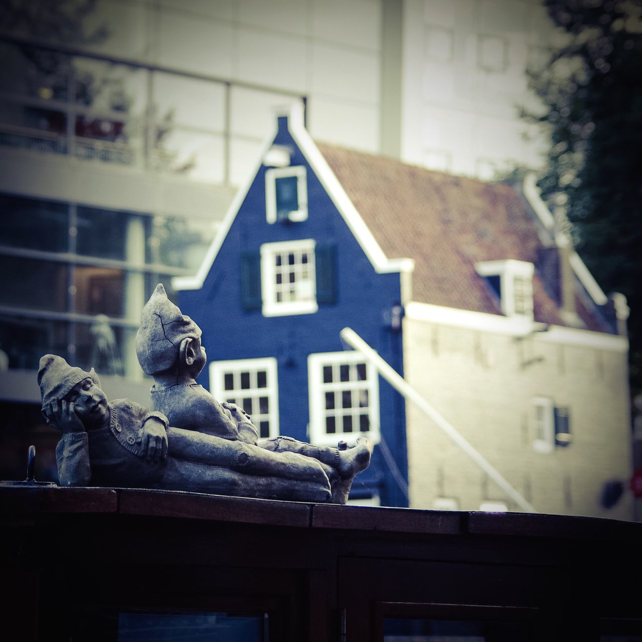 Building Exterior Architecture Built Structure Art And Craft Window No People Sculpture Human Representation One Animal Outdoors Day Statue Animals In The Wild Bird Amsterdam