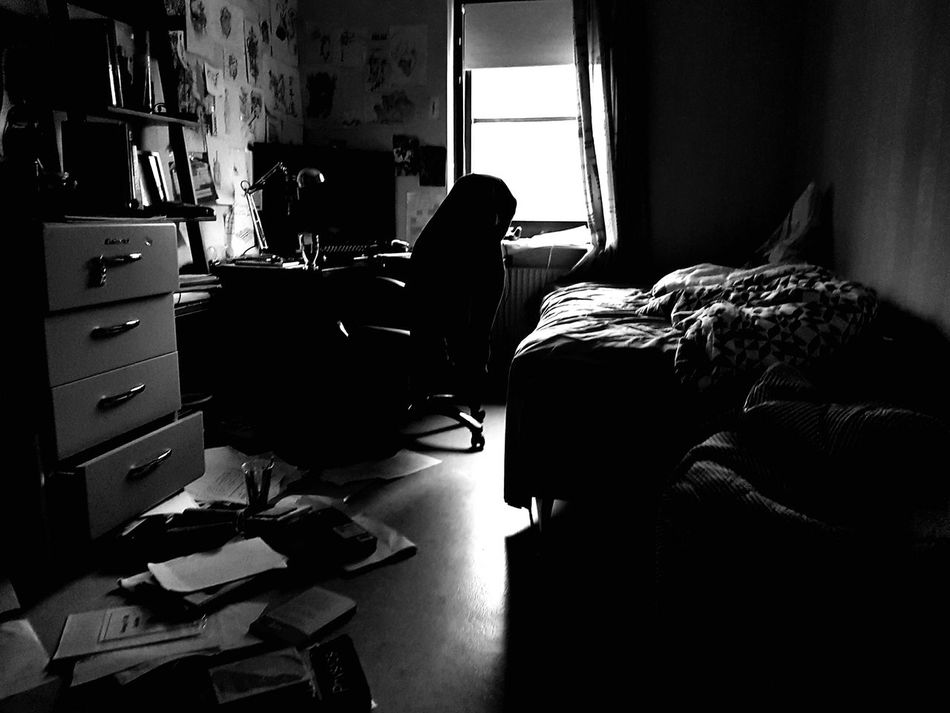 I am not lazy.. just being artistic 😂 Art Home Interior Bedroom Domestic Room One Man Only Indoors  Quick Shot Darkness And Light Mess Laziness Nochill