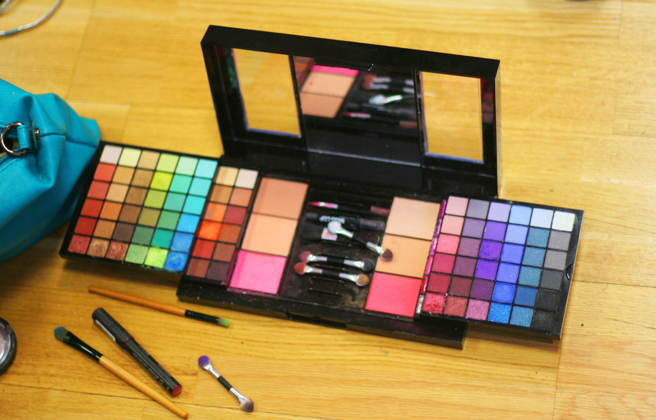 Beauty Cosmetic Cosmetics Cosmetics & Glamour Eye Shadow Girly Girly Things  Make Up Make Up ART Make Up Artistry Make Up Time Make Up ❤ Wide Range Of Make Up