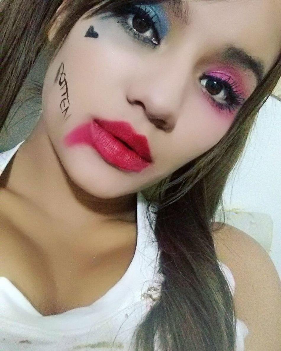 Beaytiful Beautiful Woman Besitosparatodos Queen👑 BESITOS 😘💕 Latina ♥ Monita♡♥ LaPrincesita ILoveColombia  Ojos Bonitos  Ojos Bonitos  OjosMiel lips #love #smile #pink cute pretty SexyGirl.♥ Ojos Bonitos