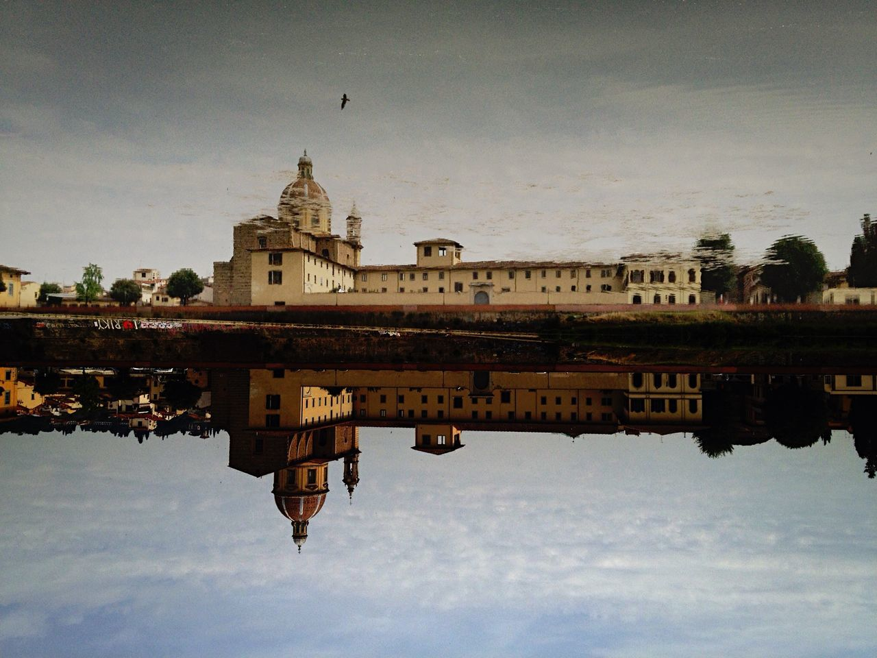 (Trouvez-le) Trompe-l'oeil. San Frediano serie n. 9 Urban Landscape IPhoneography Water Reflections The Architect - 2015 EyeEm Awards NEM Street NEM Landscapes Walking Around Florence