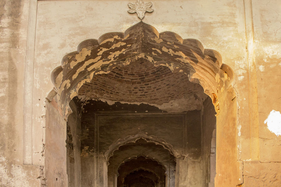 EyeEm Selects Architecture Travel Destinations Lucknow Diaries Lucknowdiaries Built Structure No People Architecture Day Lucknow👌City History Travelling Arch Pattern Outdoors Roomi Gate Of Lucknow, Up, India Gateway Arch Mehraab Geometry Shapes