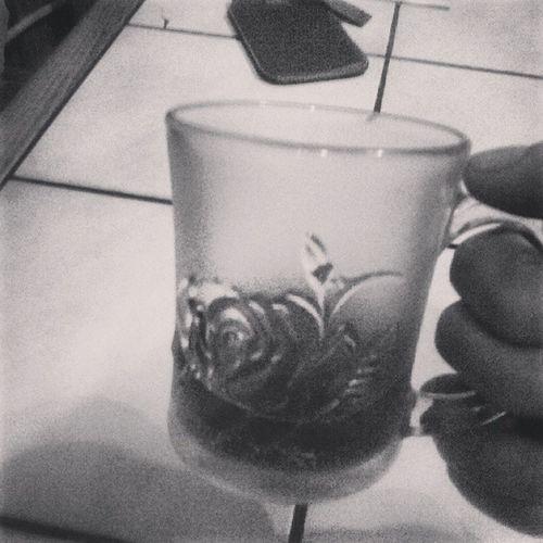 Wczoraj Wódeczkę Dzis Herbatkę poniedziałek umieram
