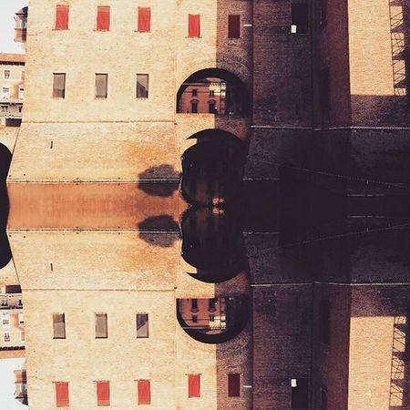 Ferraradesign Detail Giocodispecchi Mirrorimage Ferraracastle Castello Fossatocastello Instaferrara Myferrara Comunediferrara Castelloferrara Igfe Igersferrara Igersitalia Igitalia Igeritalia Ig_ferrara Delphiinternational Turismoferrara Turismoer Instafe Mostrafe2015 Igers Igers_emiliaromagna Visitferrara vivoferrara