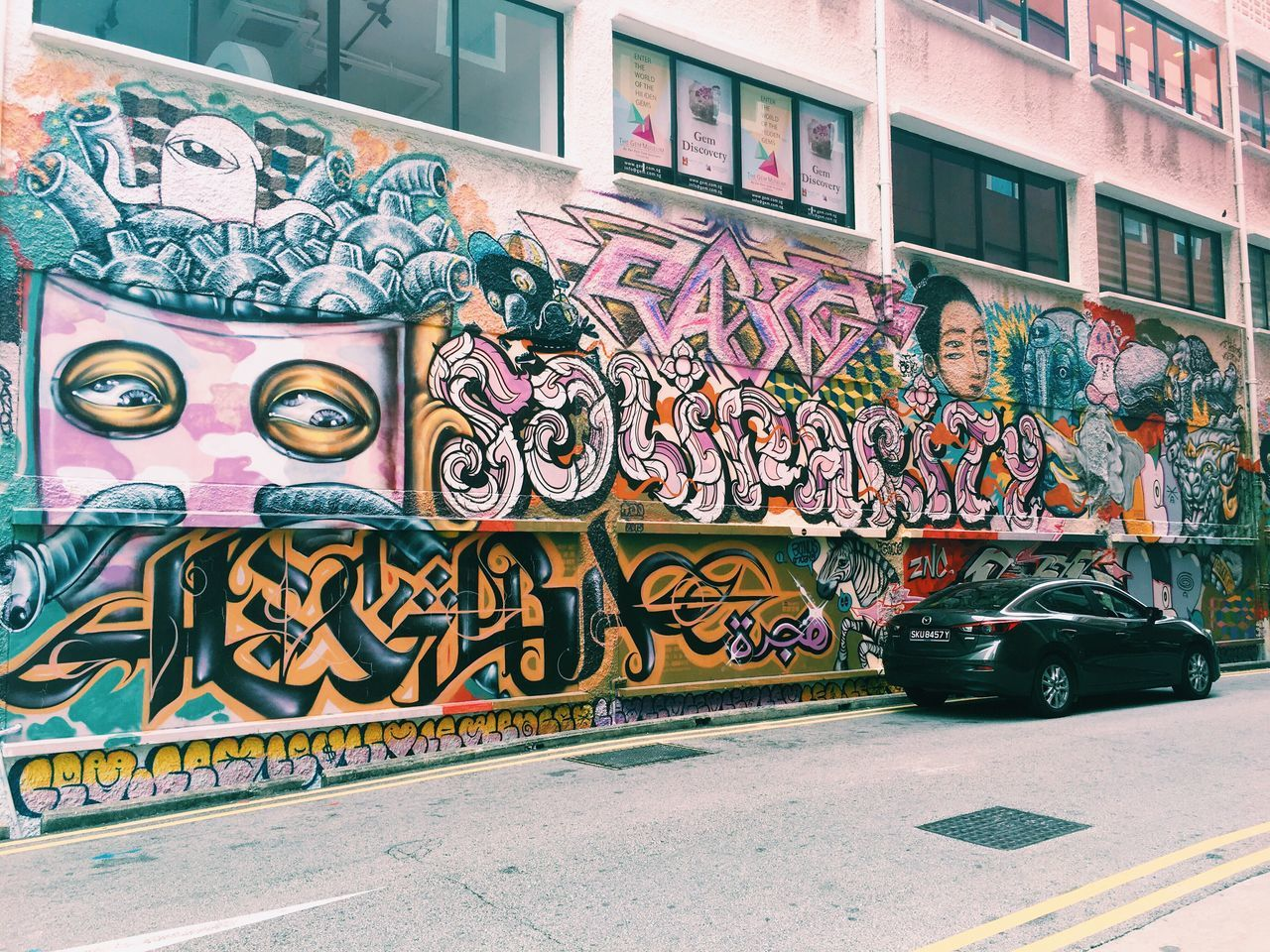 Suddenly this doodle came into my eye Singapore Hey  Youth VSCO Vscocam Starting A Trip Street Streetart Streetsight Energetic Streetart/graffiti Doodle Street Art