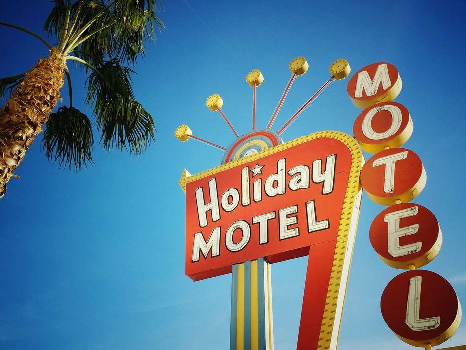 Holiday Motel, Las Vegas Las Vegas Vegas  Motels Vintage Lasvegas Lasvegasbaby VegasStyle Vegaslife Rule Of Thirds Ruleofthirds Bold Colors Boldcolors Boldcolours Travelphotography Travel Photography Travelgram Travel Traveling Traveler Travelling Showcase March