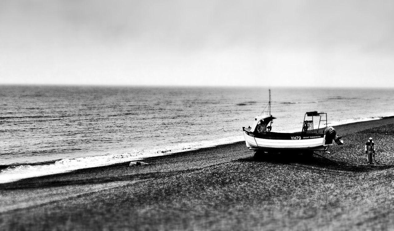 Beach Blackandwhite Boats Shootermag