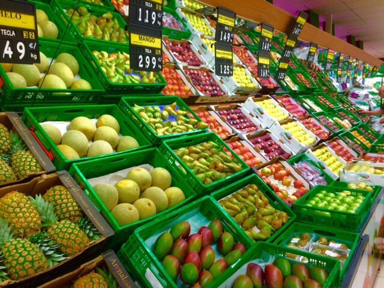 Fruit Exotic Fruits Duquesa SPAIN Beautifully Organized