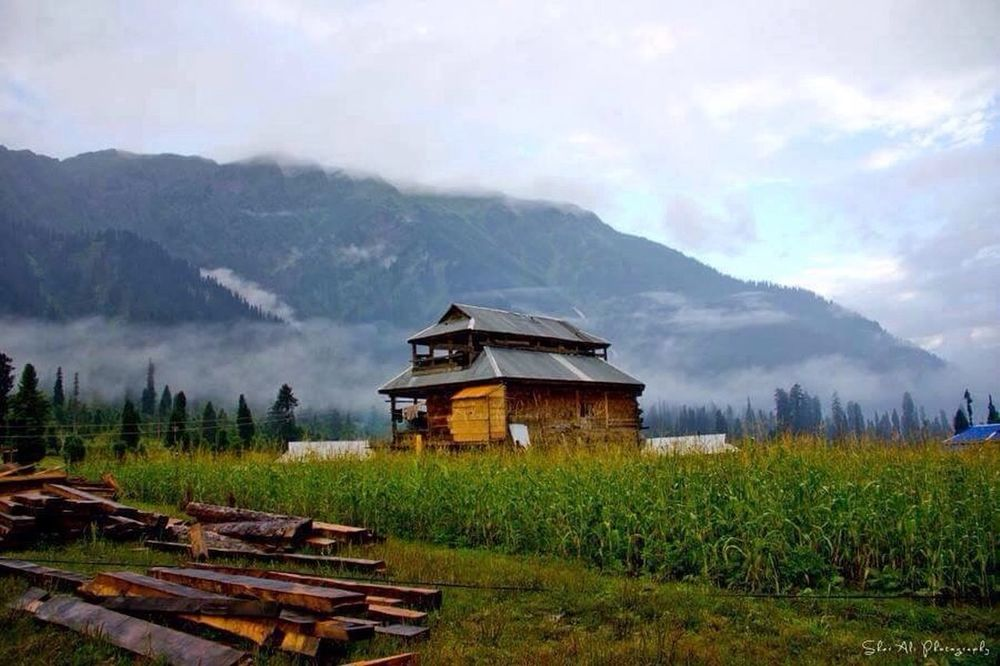 Best place📍 Neelam Valley Pakistan Heaven On Earth Calm Village Life Best Place On Earth Best Place To Visit One Of My Favorite Pictures