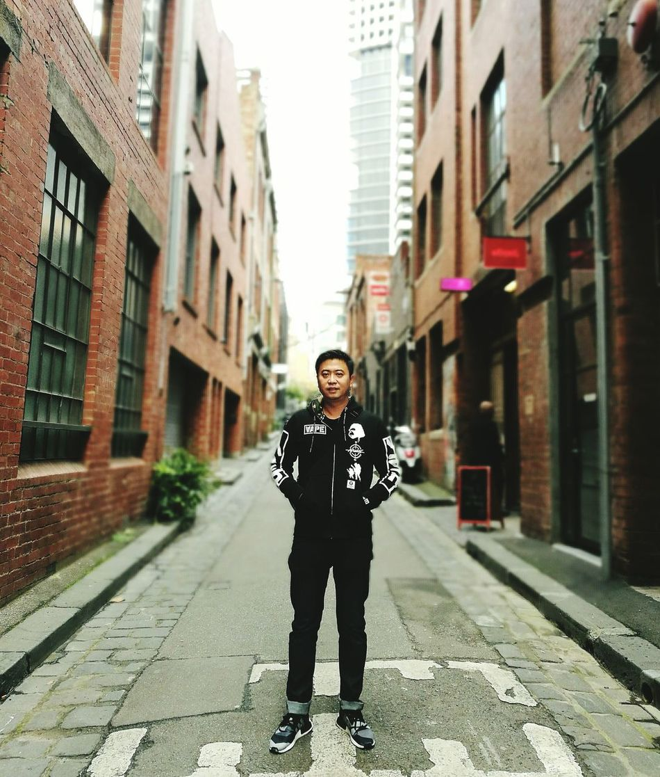 Beautiful stock photos of australien, 35-39 Years, Alley, Architecture, Asian And Indian Ethnicities