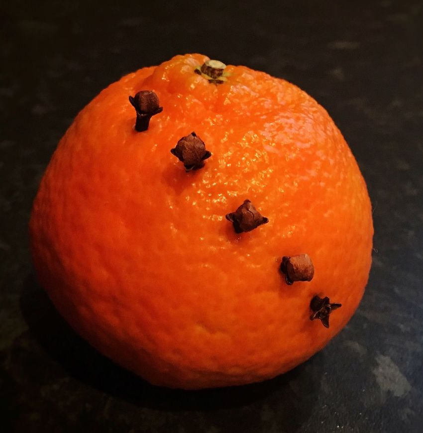 Making Christingles... Christingles Oranges Cloves Best Scent Christmas 2015