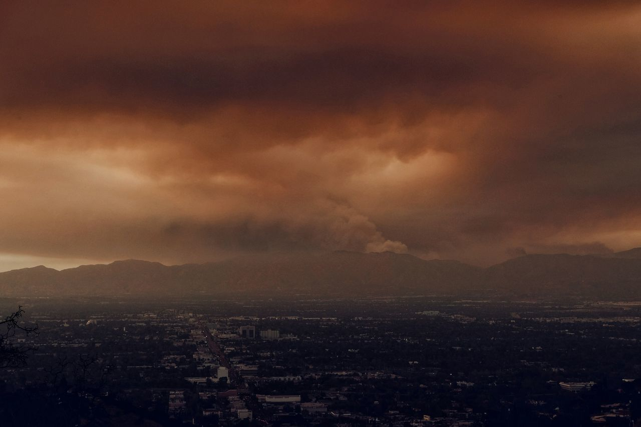 Valley of fire Wildfire Smoke Fire California Landscapes Nature Sky Sunset Apocalypse