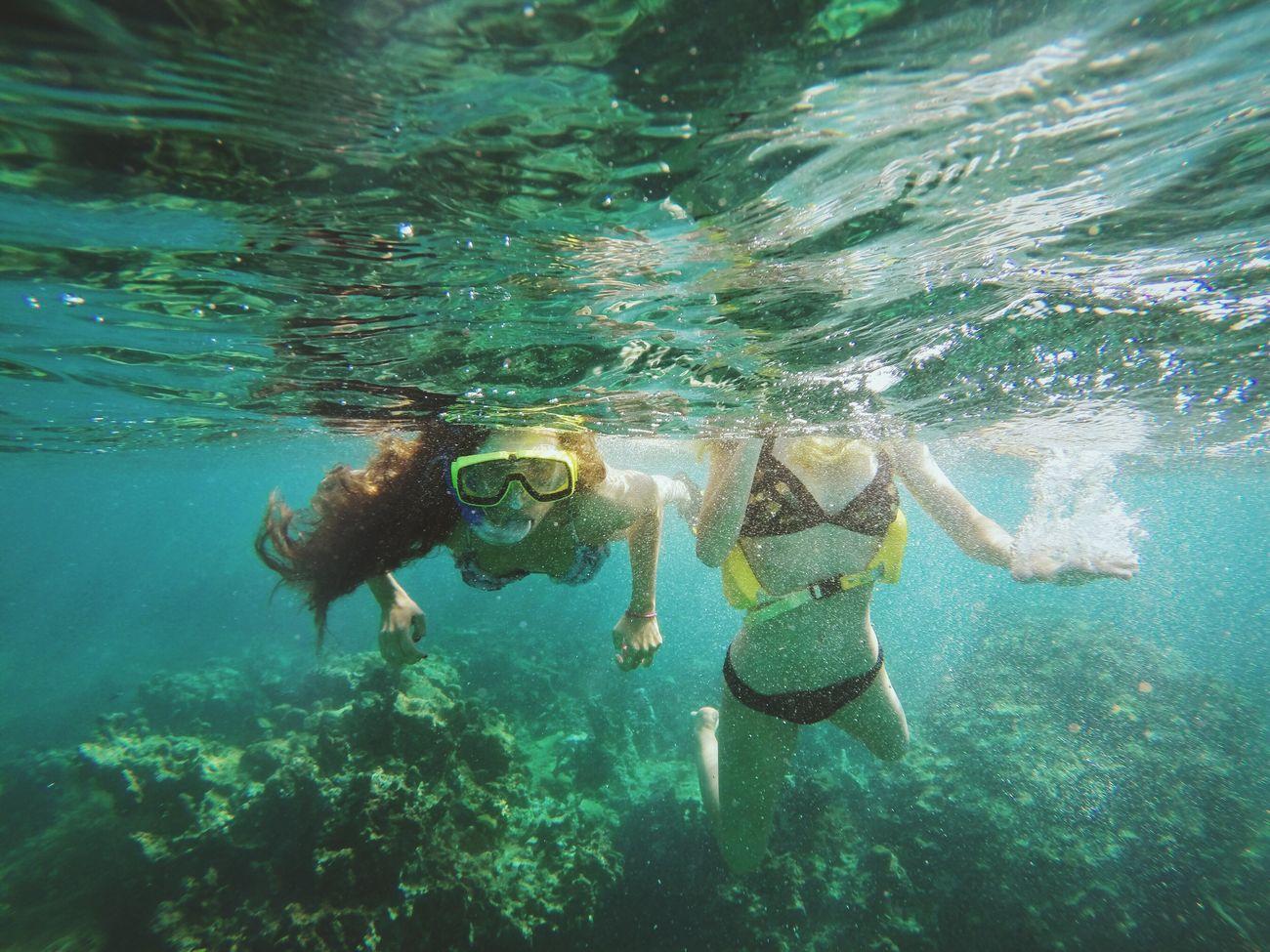 Beautiful stock photos of underwater, 16-17 Years, 20-24 Years, Beauty In Nature, Bikini