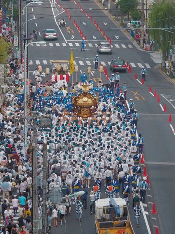 I Remember a Summer Festival one month ago. Japan Japanese Culture Mikoshi Street Streetphotography Landscape People ほんの1ヶ月前は夏祭りだったのに...と秋の夜長に芋焼酎を飲んでます。おやすみなさい。