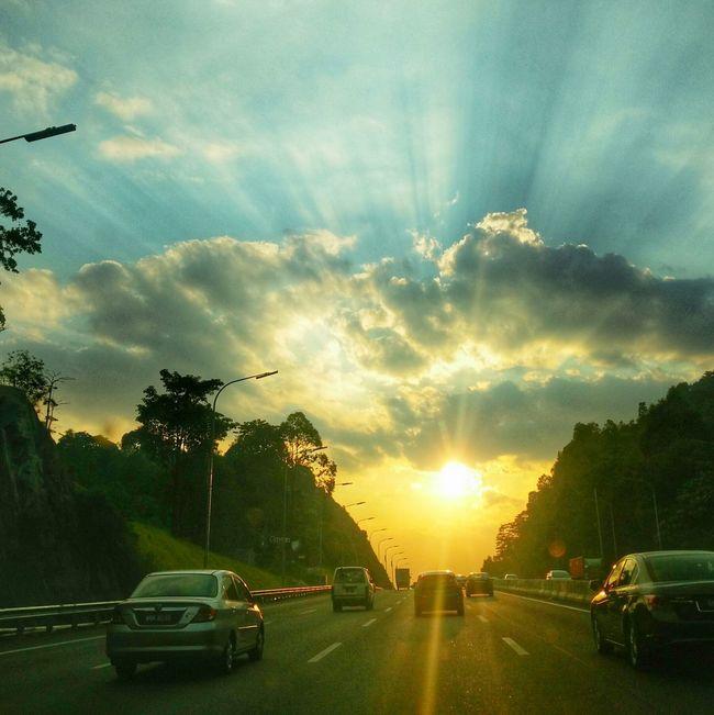 Sunset with Rayoflight at nkve Highway