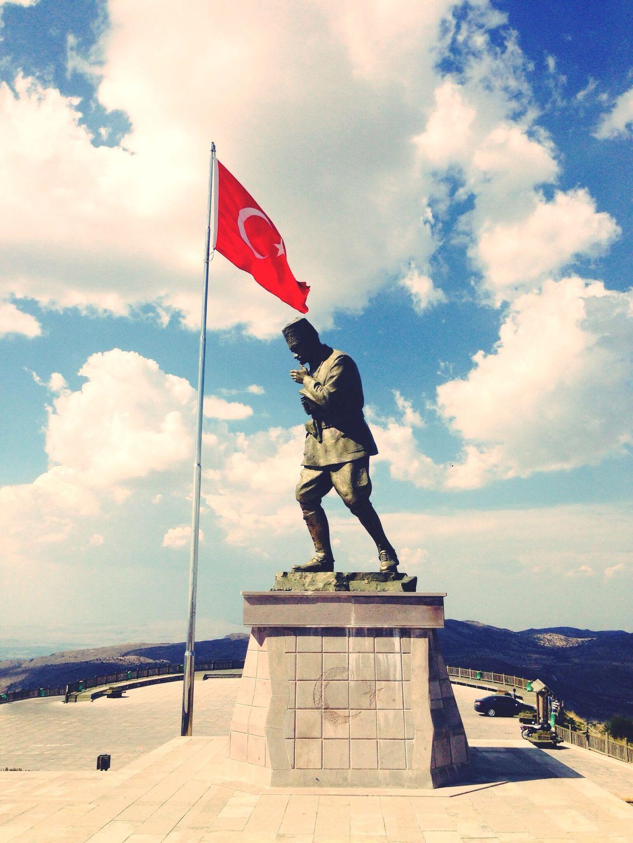 Atatürk Taking Photos Historical Building Where Do You Swarm? Zafere giden yolda çekilen çile kutsaldır ...