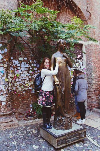 Juliet  Romeo And Juliet Verona Juliet's House Italia Italy Trip Vacation