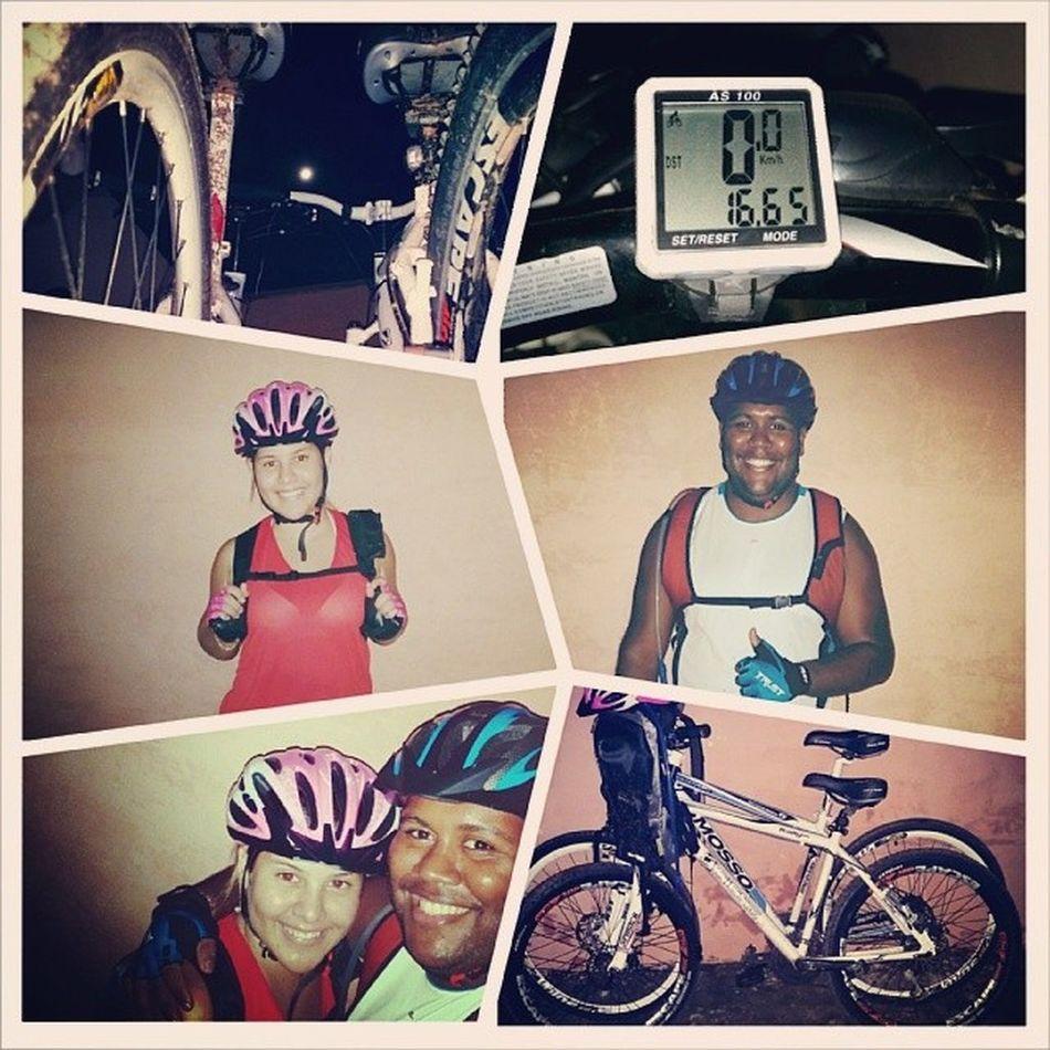 Pedal noturno Top 16.65km. Lua linda e muita lama no percurso kkk. ProjetoFicarTanquinho Instagood instadaily Bike Hardcore Man Woman Couple Love 2wheels Full Moon