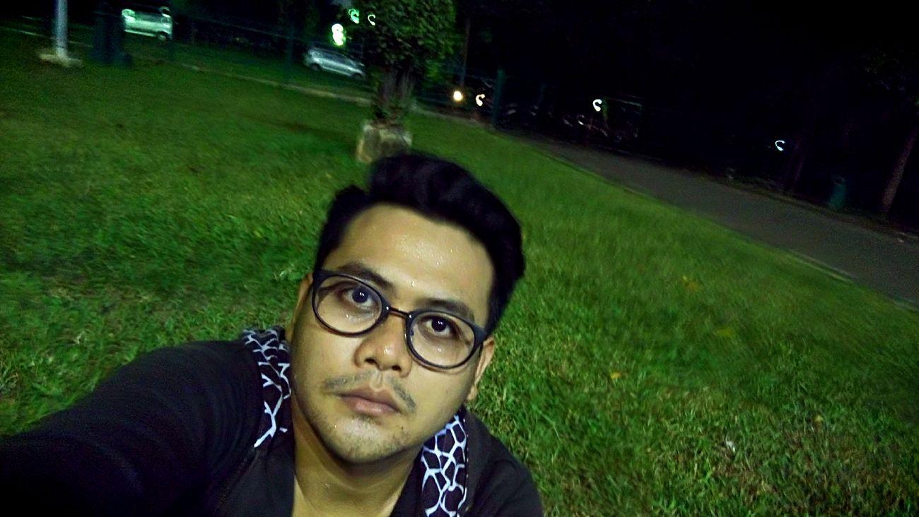 Run on nigh, running after work!!! Running Time Runningshot Night Taking Photos Of People Taking Photos Gelorabungkarno Hi!