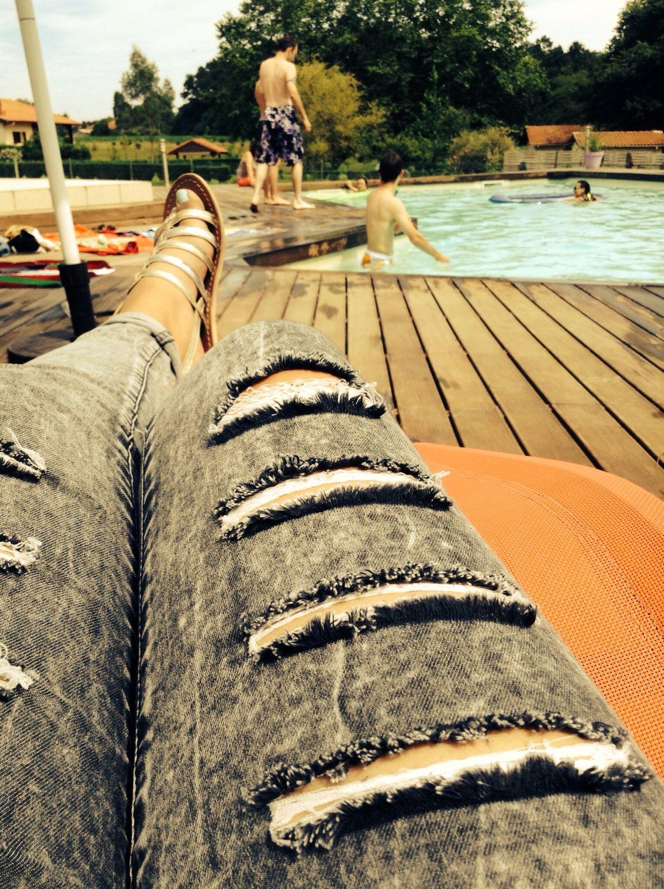 Pool Party Soleil Posey Au Calme