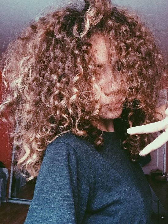 Fashion Gorgeous Aesthetics Selfie Model Natrual Hair Curly Hair Hair Alot Of Hair