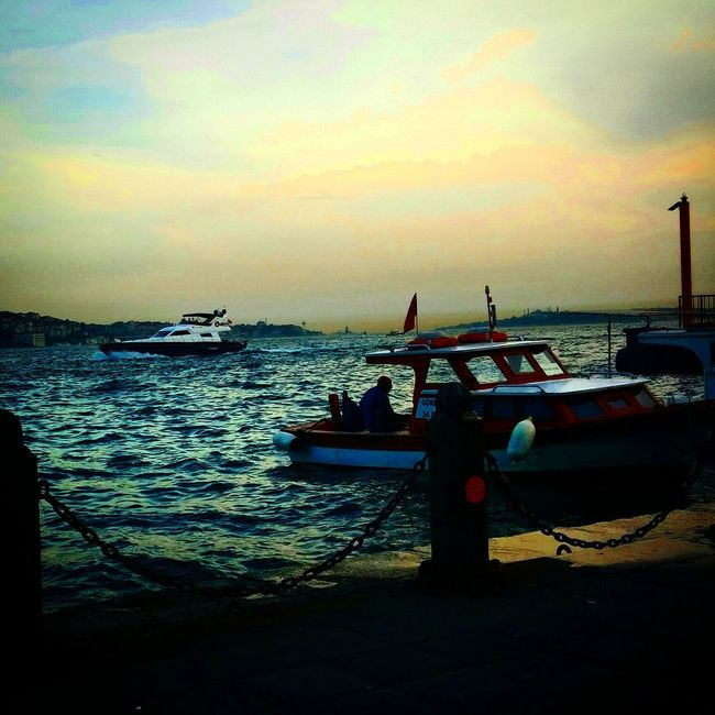 Kızkulesi Tarihiyarimada Boat Bestoftheday EyeEm Best Shots Tagsforlikes Istanbul Istanbuldayasam
