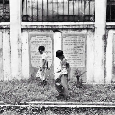 Indonesian Street (Mobile) Photographie by Benita Theda