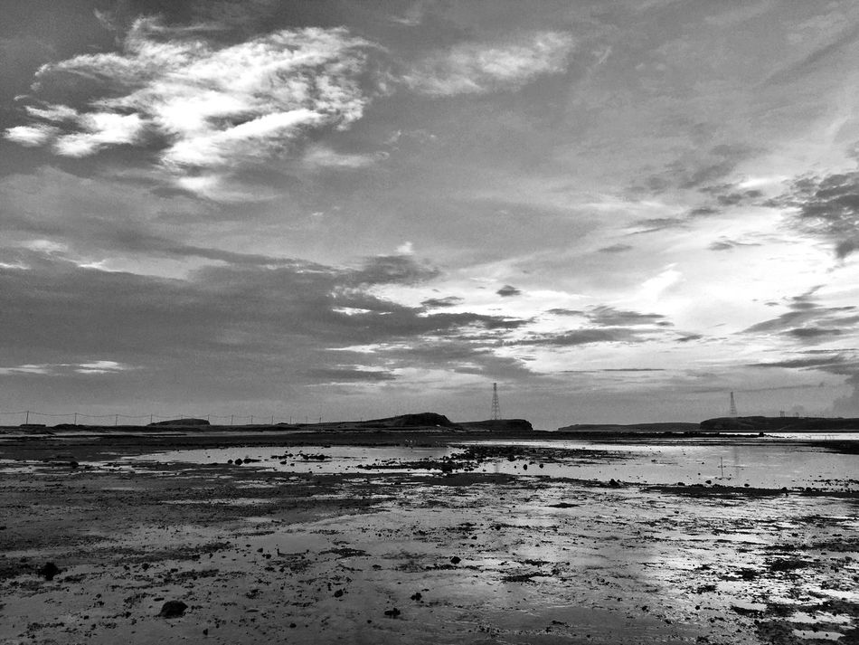 Black And White Iphone 6 Travel Photography Sky And Clouds Sea Sky