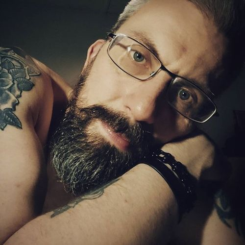 3am Saturday night and the beer has all been consumed. I hope the hangover gods are kind to me. Beardsandtattoos Greyhair  Bpdfam Bearded Beardporn Uk Beards Beard Pognophiles Smile Beardgame Beardedmen Beardlovers Positivevibes Instabeard Motörhead Livetowin Metalhead Volbeat ACDC Drunkenselfie Aceofspades