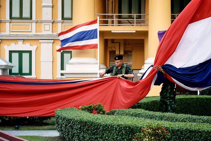 Ritual folding State Flag of Thailand, Traveling Enjoying Life Streetphotography EyeEm Best Shots Eye4photography  Bangkok Lifestyle