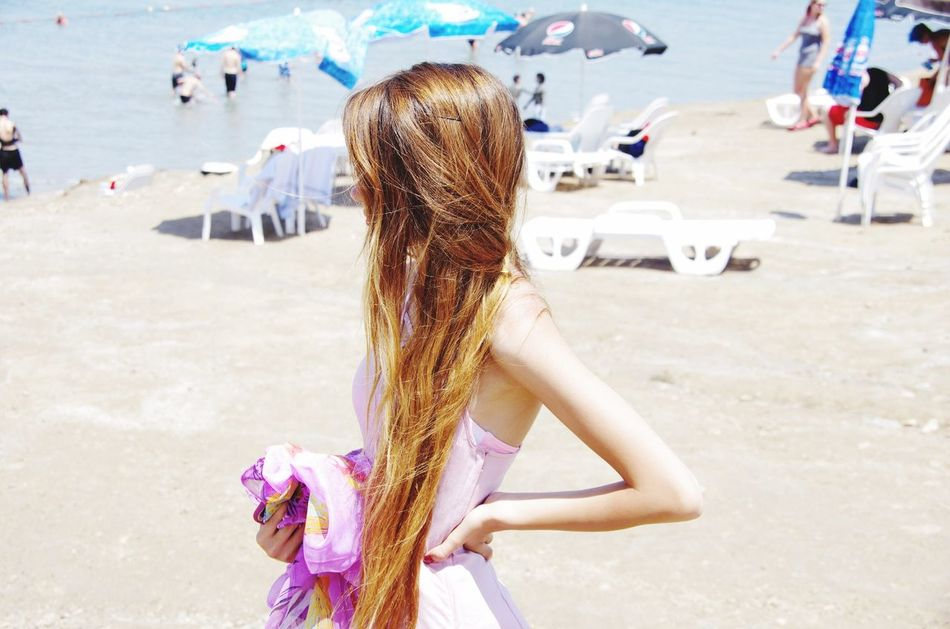 Beach Life Deadsea Beach Leisure Activity Vacations Outdoors Sand Lifestyles Day Standing Rear View Women Sea Nature People Adult
