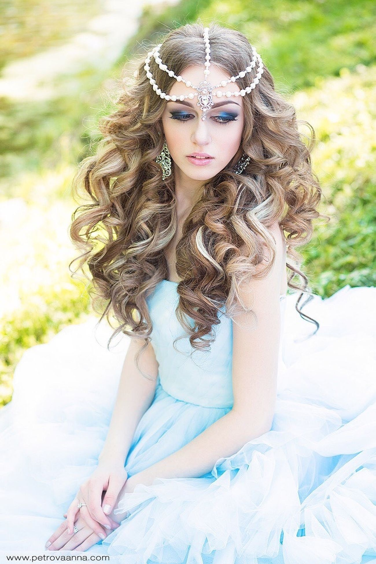 Novia2015 Pretty Girl Weddinghair Fashion Hair Wedding Bouquet Blondehair Wedding Dress Happy Wedding Wedding Photos Blond Hair