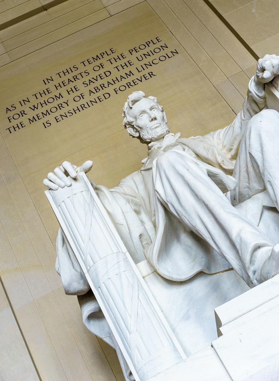 Tilt Shot Of Statue At Lincoln Memorial