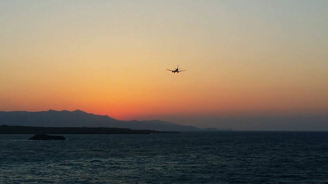 Landing. EyeEmNewHere Flying Sunset Air Vehicle Transportation Airplane Outdoors Greece Memories Crete Heraklion The Week On EyeEm