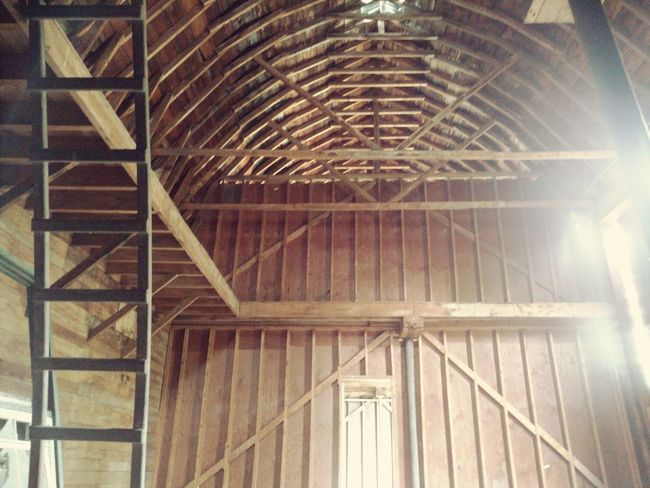 I inside an old barn Architecture Low Angle View History Vintage Old-fashioned Perspective Vintage Architecture