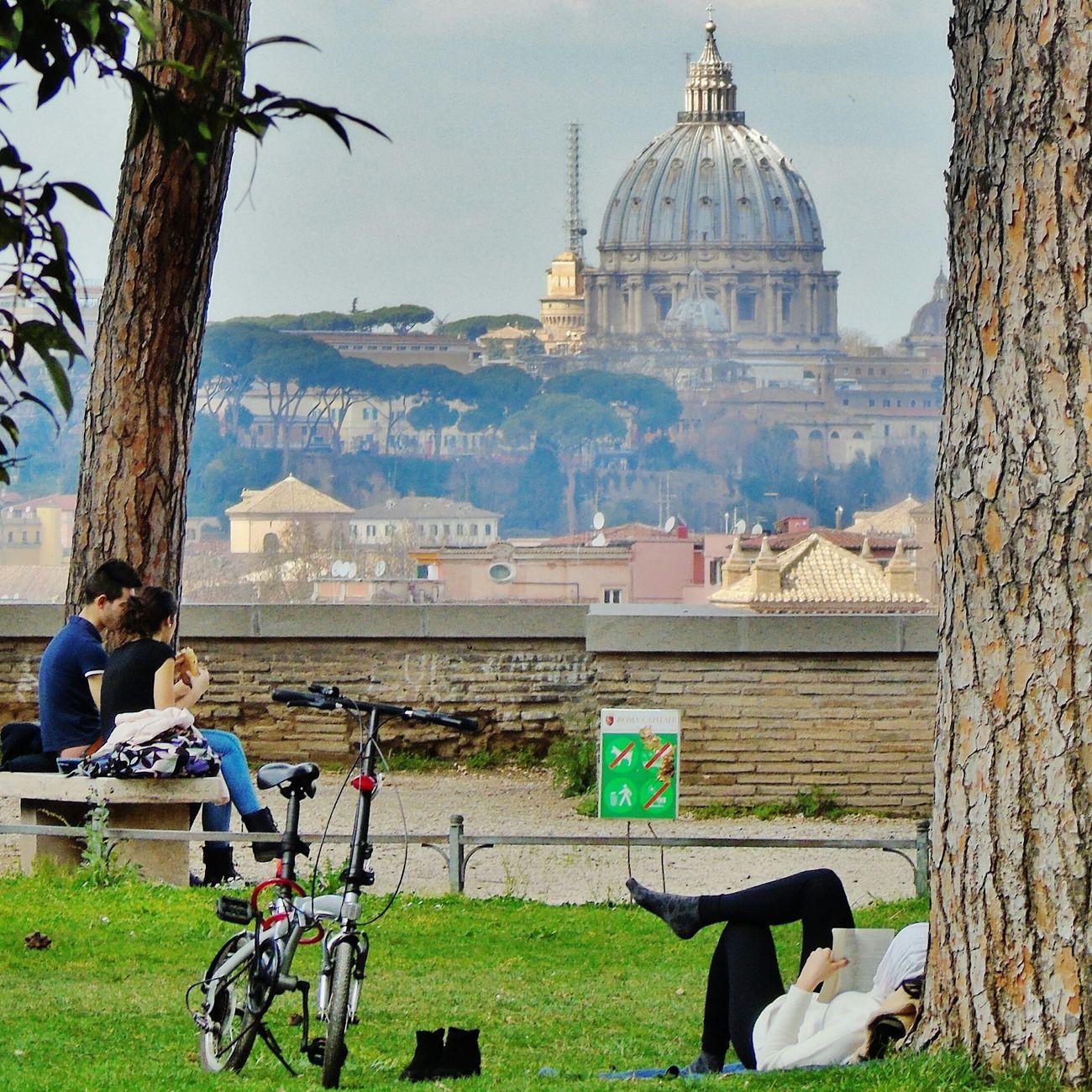 Rome Italy Roma Caput Mundi Giardinodegliaranci Aventino Colazione A Cielo Aperto Breakfast Vatican Ercupolone Sunday Morning