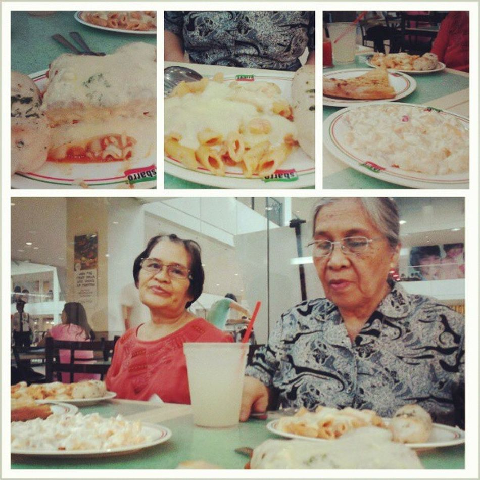 Yesterday at Sbarro. With Nanay Vic and Nanay Pop. Sbarro Eat Happiness Yeheey centrio family