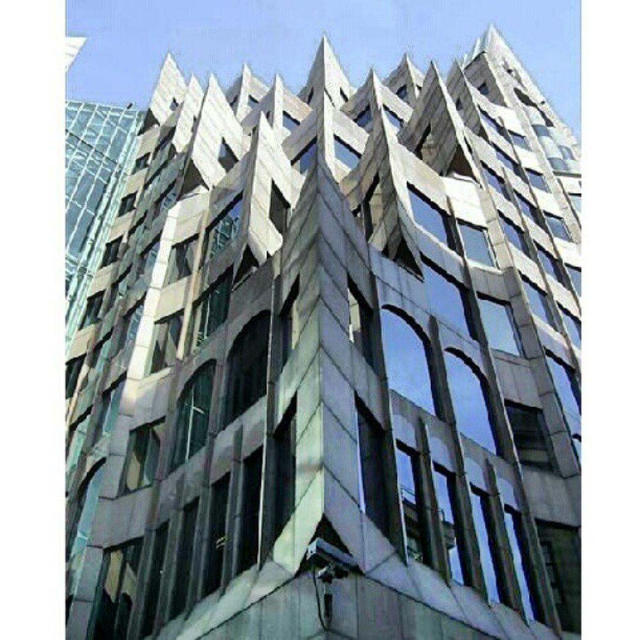 Ein Gebäude in #London ... ca. #2008 war das. Jmd 'ne Idee wo das ist? Building London Amazing 2008