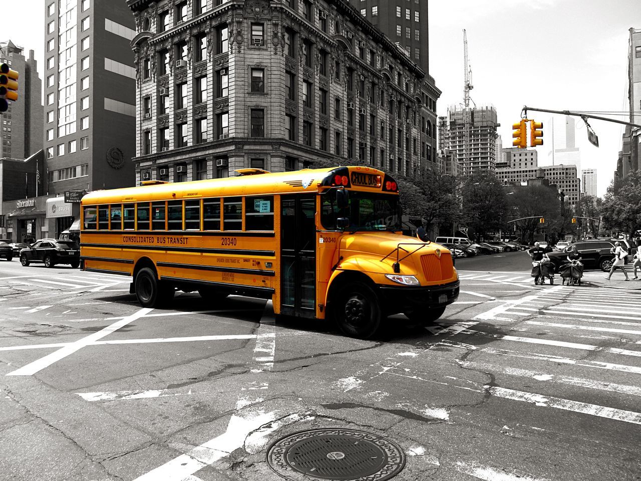 School Bus Yellow Bus  Bus Ride Colorkey NYC Photography New York Manhatten Yellow Street Photography EyeEm Crossroads From My Point Of View Eye4photography  Lights What The Bus? TakeoverContrast