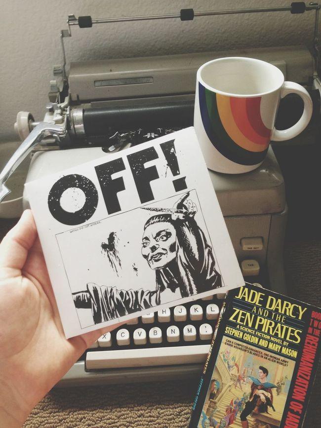 Rainy Day Off! Coffee Reading
