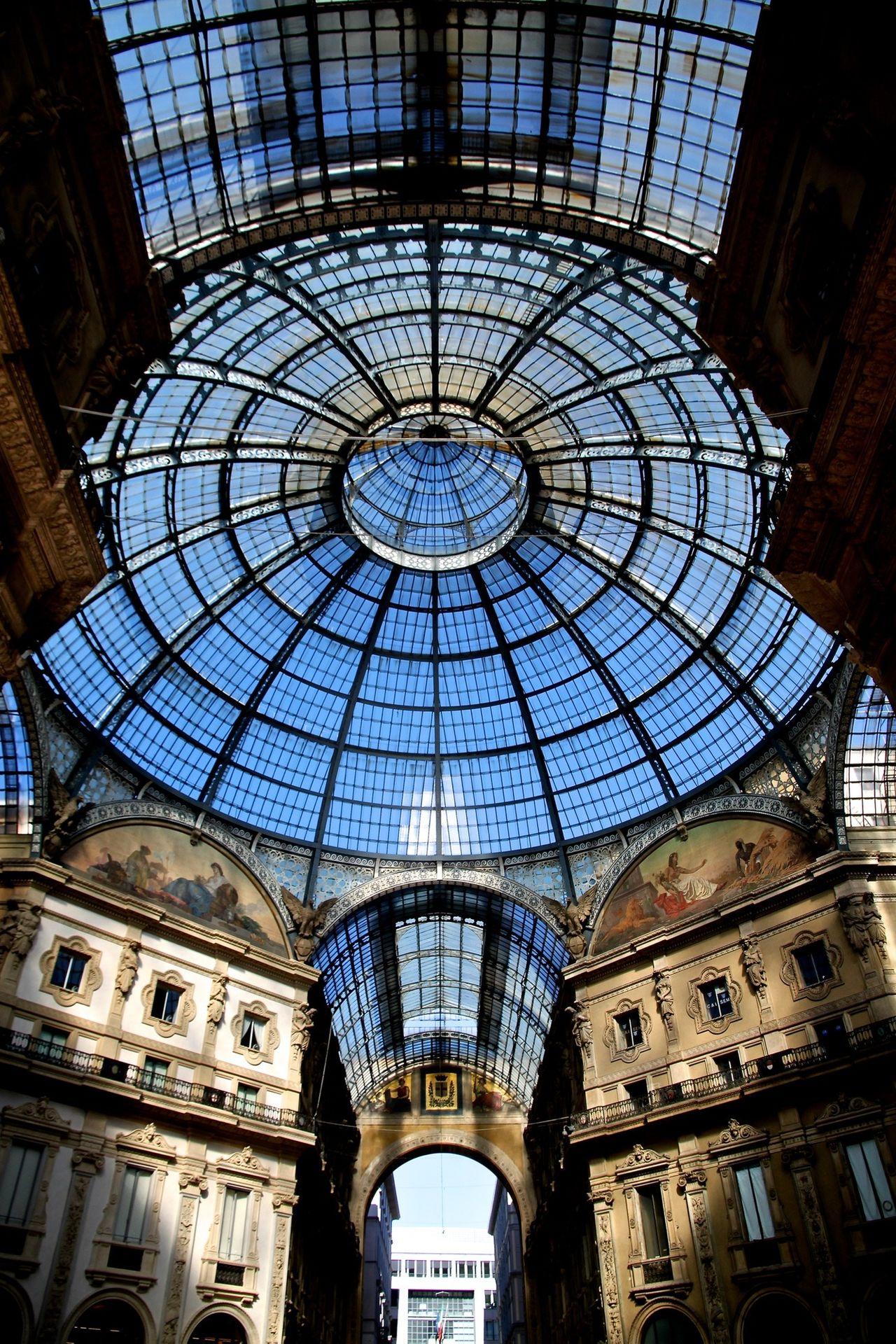 ITALY: Milan - Galleria, Piazza Duomo. Italy Italia Galleria Vittorio Emanuele Milano