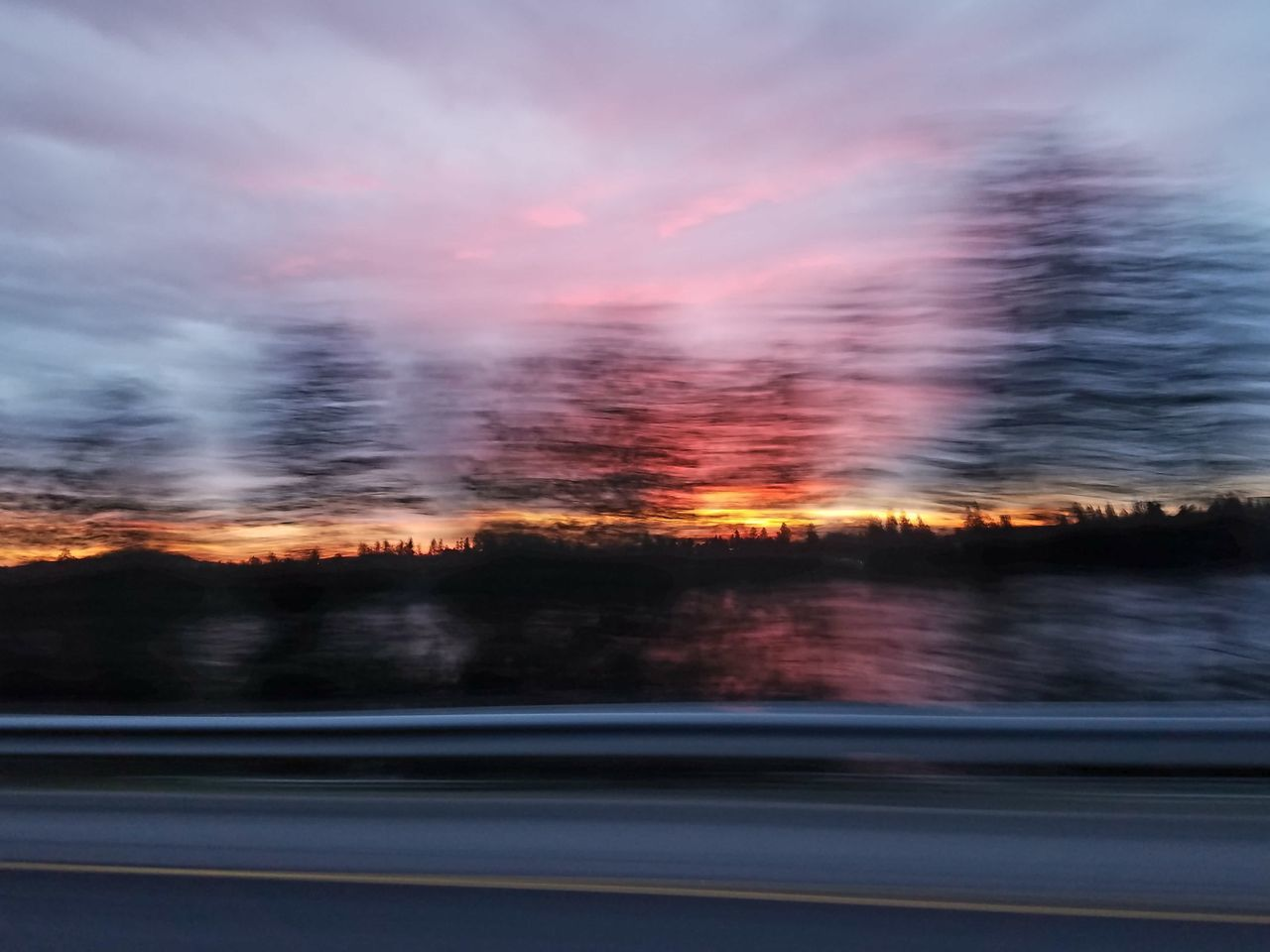 Beauty In Nature Blurred Motion Blurry Blurry Sunset Day EyeEmNewHere Nature No People Outdoors Scenics Sky Sunset Tranquility Tree Cellphone Photography No Edit/no Filter Live For The Story Out Of The Box The Great Outdoors - 2017 EyeEm Awards Place Of Heart