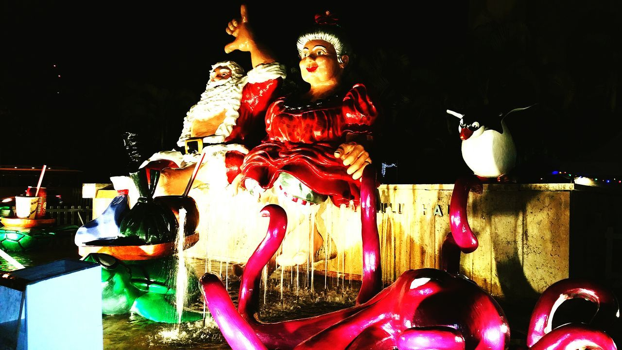 Santa Santaclaus Mrs Clause Mr And Mrs Claus Hawaiian Santa Hang Loose Christmastime Christmas Around The World Hawaiishots Hawaiilife Hawaiian Showcase: December