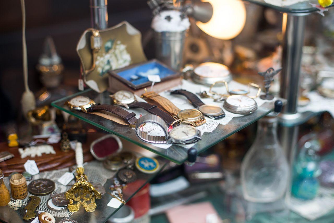 Beautiful stock photos of uhren, Close-up, Glass - Material, Indoors, Nostalgia