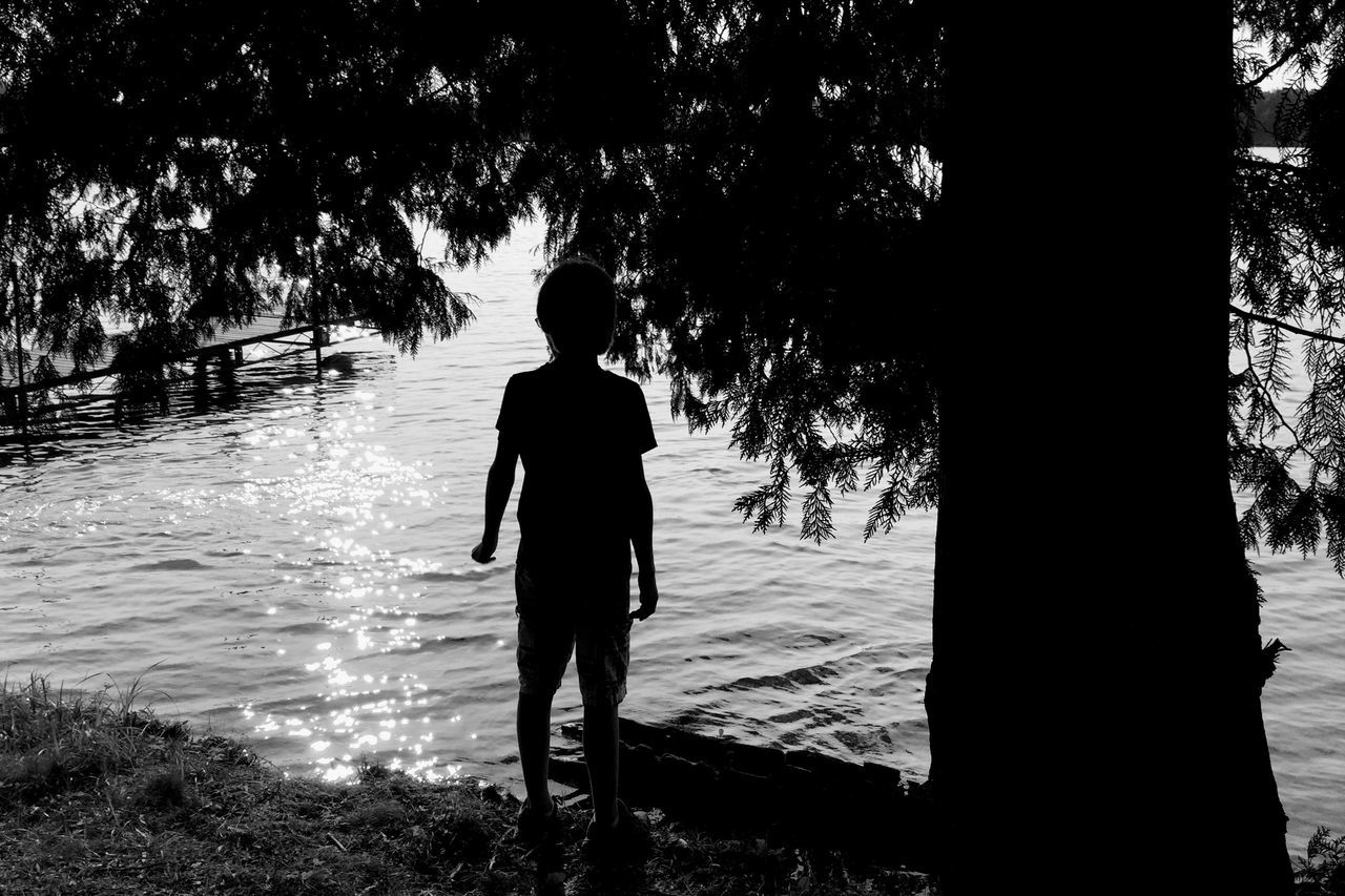 Nature Nature_collection Lake Water Water_collection Water Reflections People Portrait Monochrome Blackandwhite