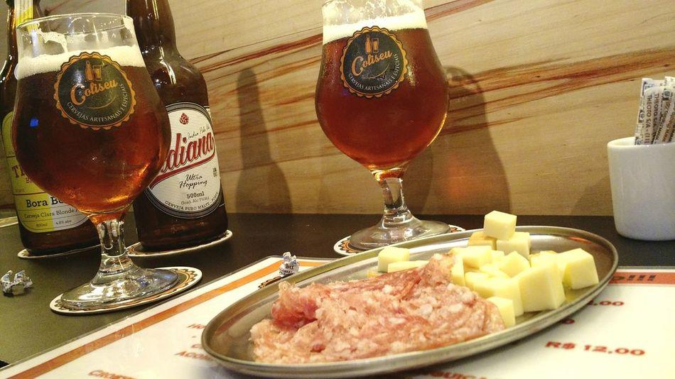 Drinking Beer Beer Beers Beer Time Beerporn Beerlover Indica La Beer Coliseu Cervejaartesanal CERVEJASESPECIAIS Cerveza Cerveja Cervezaartesanal Cervezas Beer Store Found On The Roll