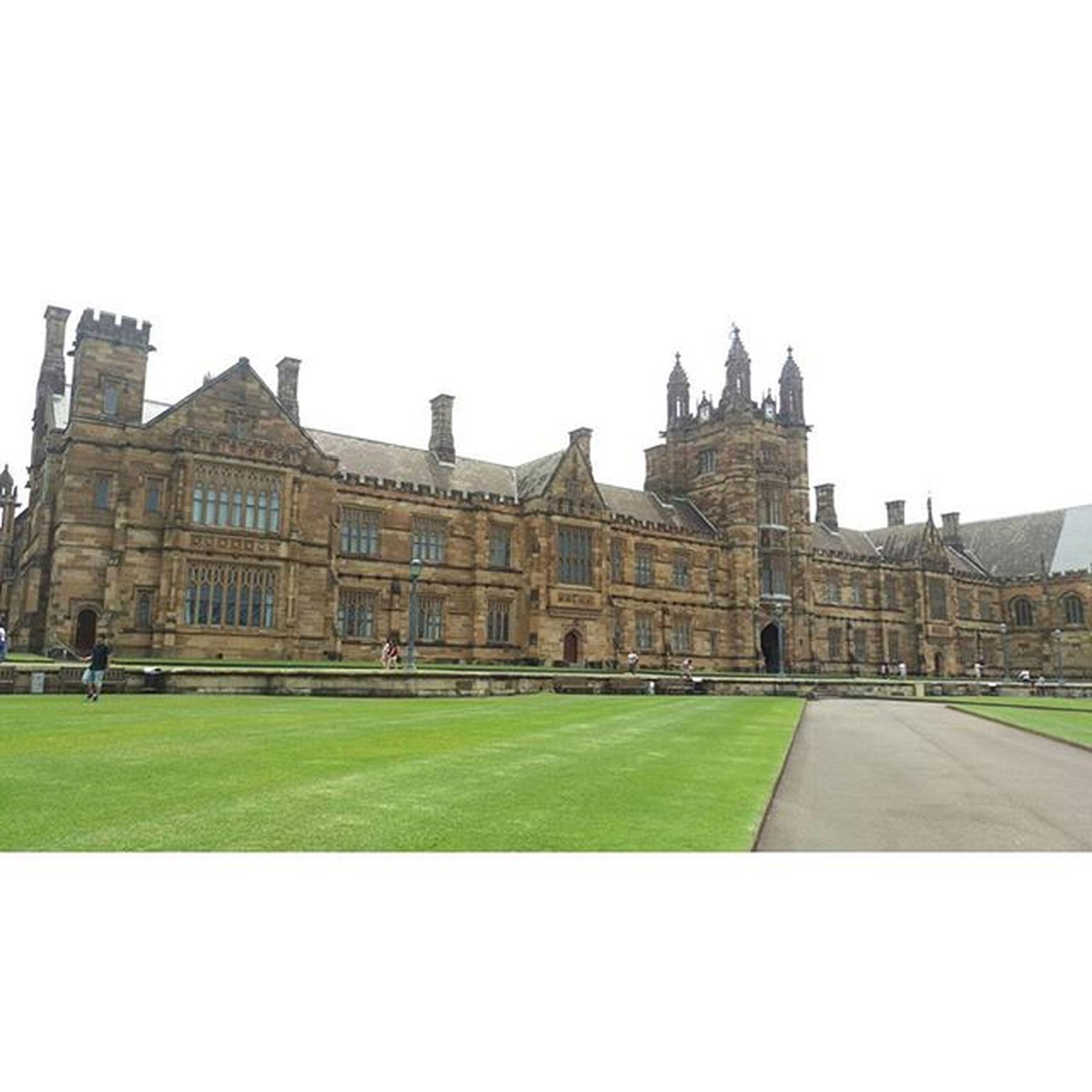 傳說中哈利波特念的霍格華茲學院,真實版本!雪梨大學 Universityofsydney 覺得跟電影裡面一模一樣