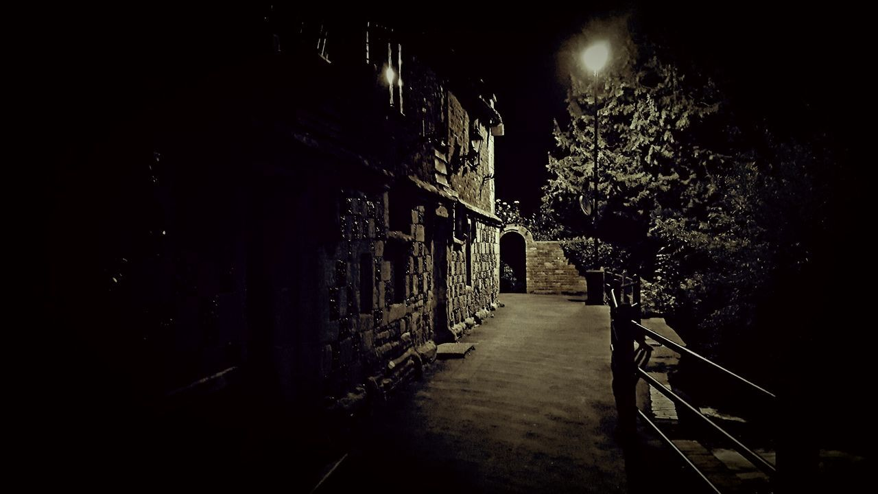 night, the way forward, no people, illuminated, outdoors, architecture
