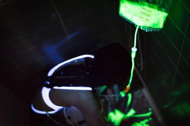 Color Portrait Portrait Photorhythm Fashion Model Dark Black Light And Shadow Beautiful Bathroom Wet
